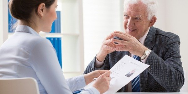 Employer interviewing an elderly job candidate - age discrimination against those 40 and above is illegal in California