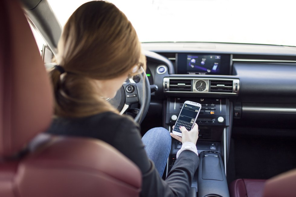 What Will Get Me Charged with Distracted Driving in Henderson, Nevada?